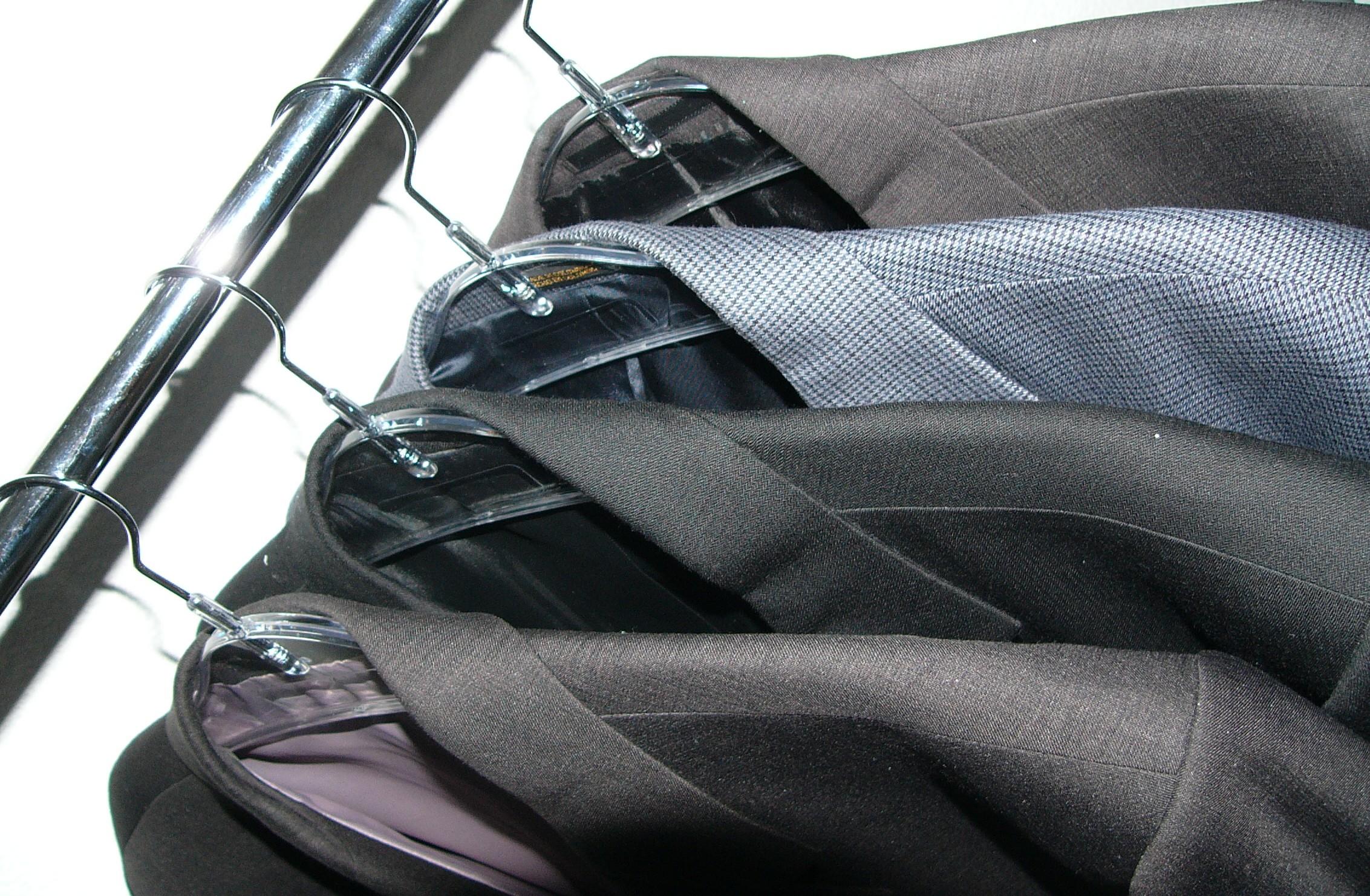 eric roberts suits